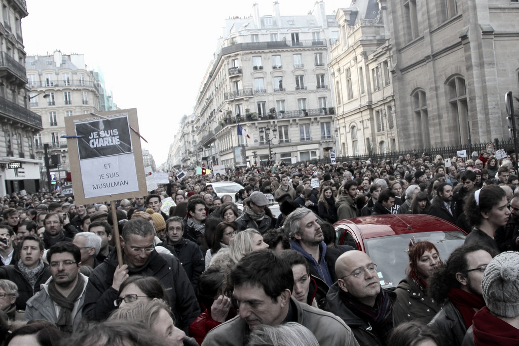 Protesters throng the centre of Paris on 11 January for anti-hatred protest (Maya Anais Yeteghene, Flickr Creative Commons)