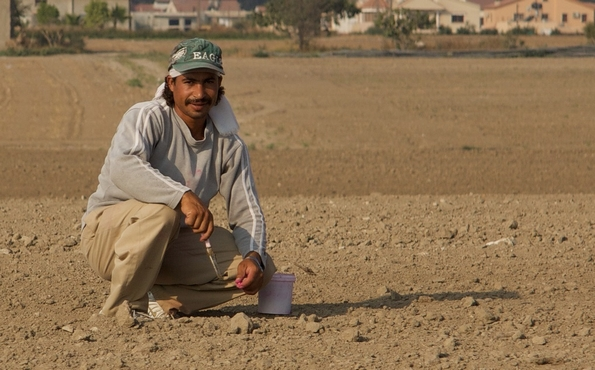 Egyptian ex-pat worker (stock photo: Andreas Wheeler/Flickr Commons)
