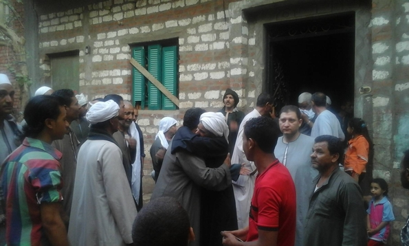 Beni Suef: a temporary reconciliation (pic: Guirguis Wahib)