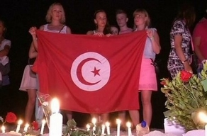 Vigil after Sousse massacre (courtesy Diocese of Egypt)