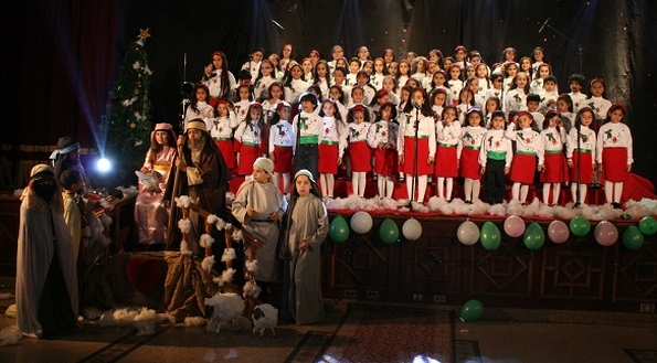 Nativity and children's choir at St Mary church, Heliopolis (SAT-7)