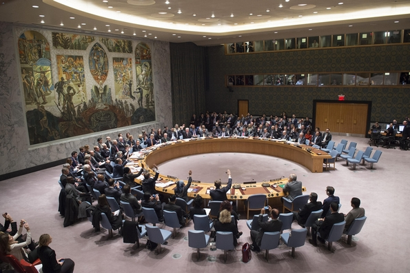 18 December: the UN Security Council voted unanimously for peace talks on Syria, but war goes on (UN Photo)
