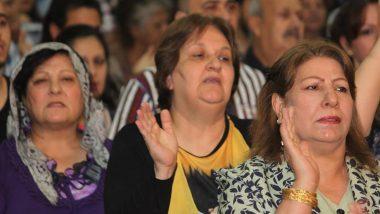 chaldean-women-worship-1